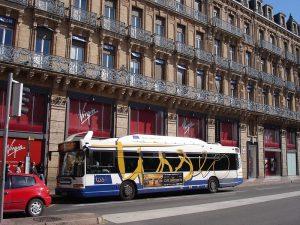 Una línea de bus Tisséo para llegar el antiguo Capitolio.
